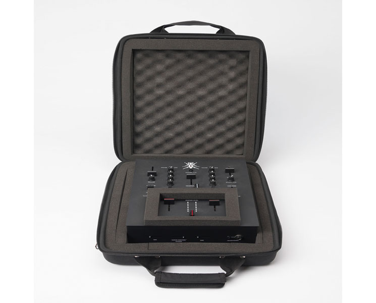Magma Ctrl Battle-Mixer TRX. Front. Valenti Sonido